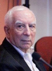 Михаил Менский